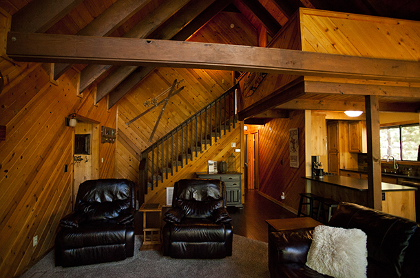 Wildhorn Tahoe Donner Vacation Rental Family Room